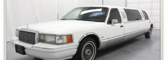 1991 Ford Lincoln Limousine X2